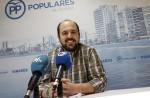 """El PP exige al tripartito """"una solución inmediata"""" a los problemas del nuevo parqué del pabellón polideportivo"""
