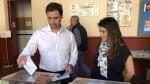 Juan Amat vota y hace un llamamiento a una participación masiva
